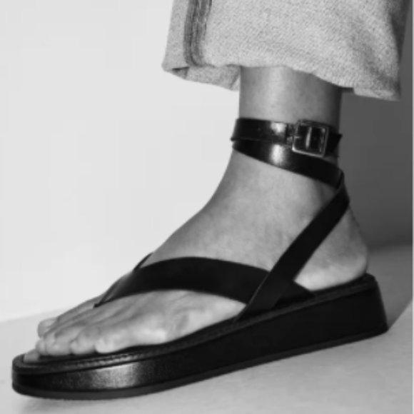Zara TIED FLAT BLACK LEATHER SANDALS